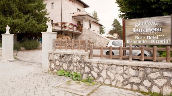 Entrée - Alla Corte di Terranera, Terranera, Rocca di Mezzo