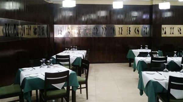Vista sala - Restaurante Hotel Emperatriz, Ocaña