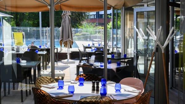 terrasse - L´Intermède - Brasserie Maison, Courcouronnes