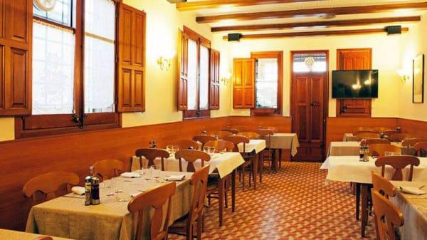 Vista sala - Can Quel, Foixa