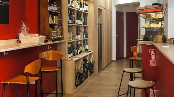 Sala del restaurante - Carmen vinos etc, Valencia