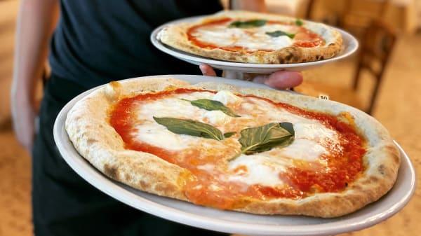 Piatto - Pizzeria 4 Ruote, Porto San Giorgio