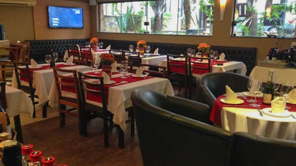 Sala do restaurante - Empório & Wine Bar La Vicenza, São Caetano do Sul