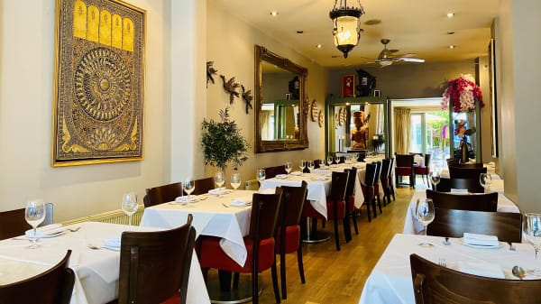 Vista do interior - Asiatique Thai Restaurant - Richmond, Twickenham