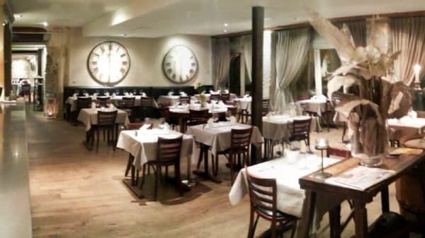pano angle entrée - La Cuisine, Valence