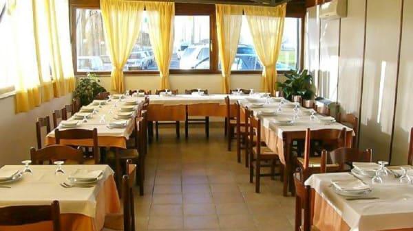 vista sala - Ristorante Pizzeria Laghi Balena, San Cesario Sul Panaro