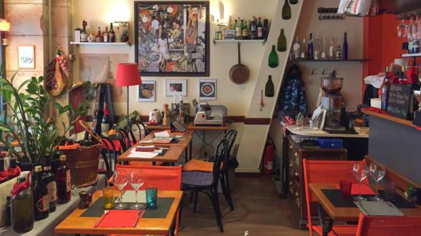 Vue de la salle - Il Piccolino, Paris
