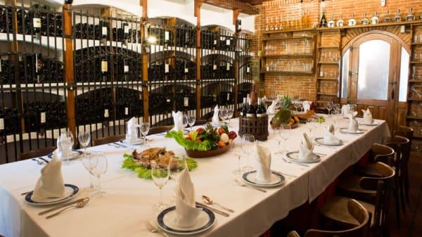 Sala del restaurante - Asador El Molino, Madrid