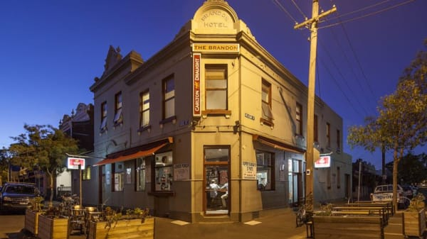 Brandon Hotel, Carlton North (VIC)