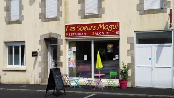 Façade - Les Soeurs Magui, Plouray
