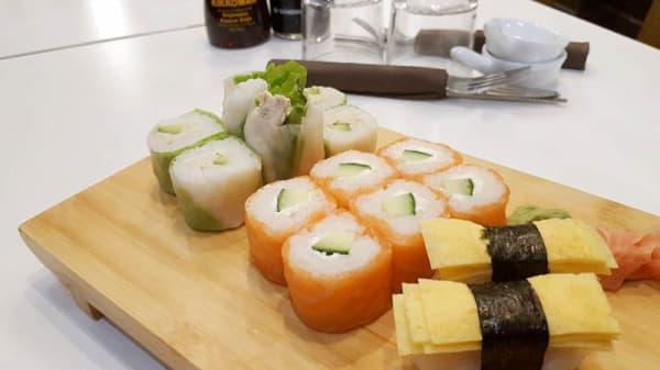 Suggestion du chef - Nems et Sushi, Paris