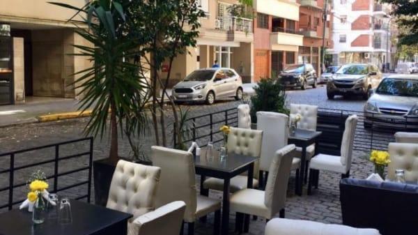 Bonifacio Resto Bar, Buenos Aires