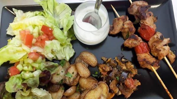 brochettes de poulet à la plancha - Panse du Loup, Lyon