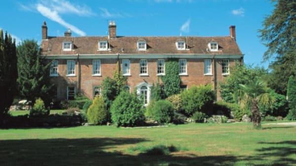 New Park Manor, Brockenhurst