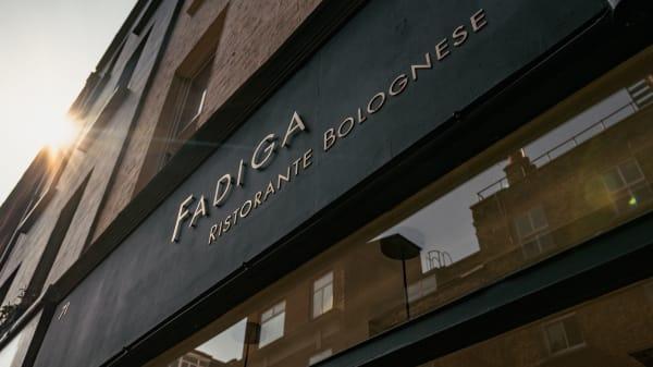 Fadiga, London
