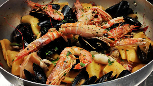 Specialità dello chef - Amado, San Menaio