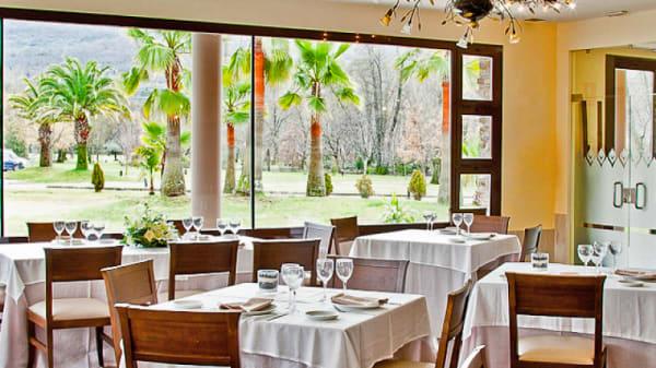Vista comedor - Piconegro - Hotel Balneario Valle del Jerte, Valdastillas