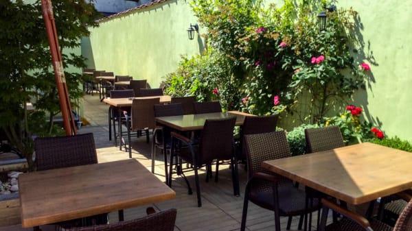 terrasse - Meli Mely, Schaarbeek