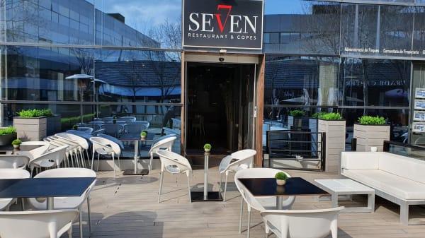Seven, Sant Cugat del Vallés