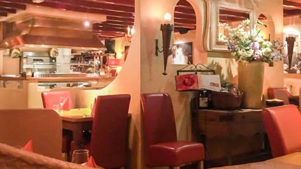 Het restaurant - L'Elefante Bianco, Laren