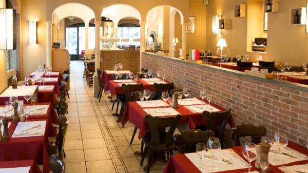 Salle du restaurant - L'Incontro, Genève