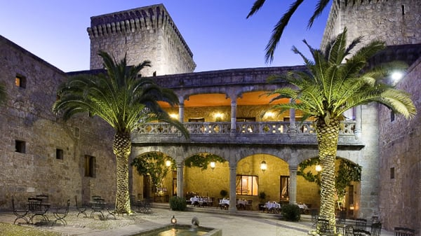 Vista entrada - Restaurante Parador de Jarandilla de la Vera, Jarandilla de la Vera