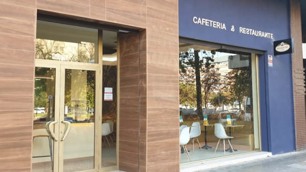 Entrada - Adonis café, Valencia
