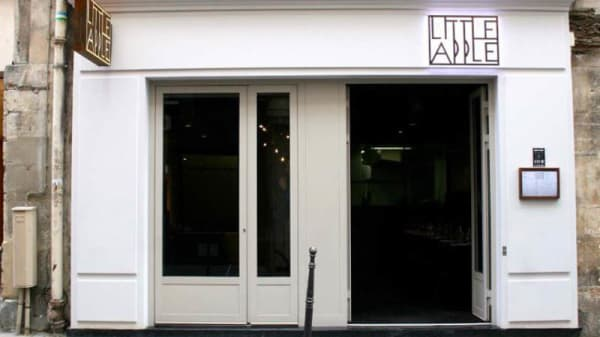 Devanture - Little Apple, Paris-3E-Arrondissement