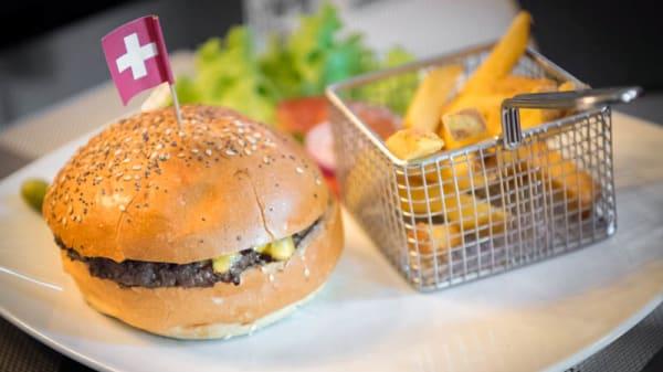 Le célèbre Burger du Gobelet - Le Gobelet d'Argent, Genève