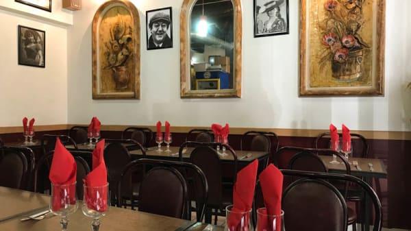 Vue de la salle - Chez Gaby, Paris
