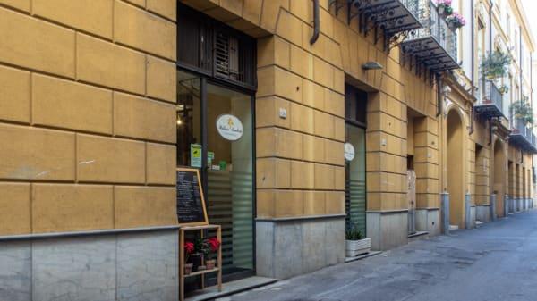 Entrata - Palazzo Sambuca, Palermo