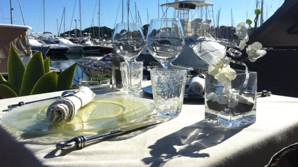 table - Le Pirate, Saint-Jean-Cap-Ferrat