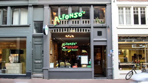 Gevel - Alfonso's Mexican & Grill Restaurant, Ámsterdam