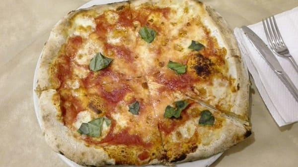 Pizza - Re Pizza, Piano Di Sorrento