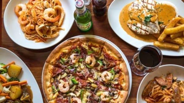 Soprano's meals - Soprano's Restaurant & Pizzeria, Southbank (VIC)