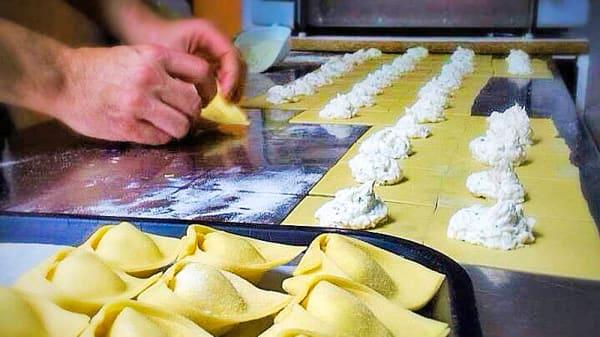 produccion pasta rellena - Peccati di Gola, Alicante (Alacant)