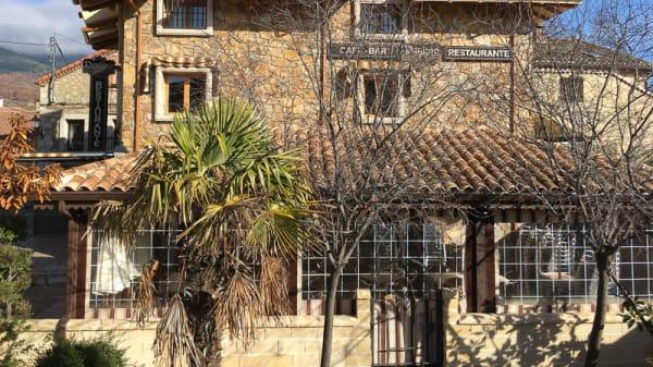 Fachada - El Rincón de Paulino, Lozoya