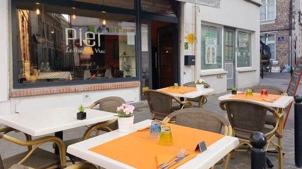 Terrasse - Pier - le Goût du Vrai, Valenciennes