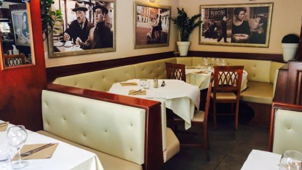 Salle du restaurant - La Trattoria, Nice