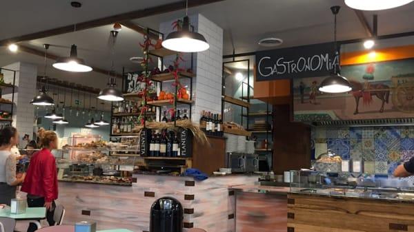Sala del ristorante - Makè Food Drink And More, Palermo