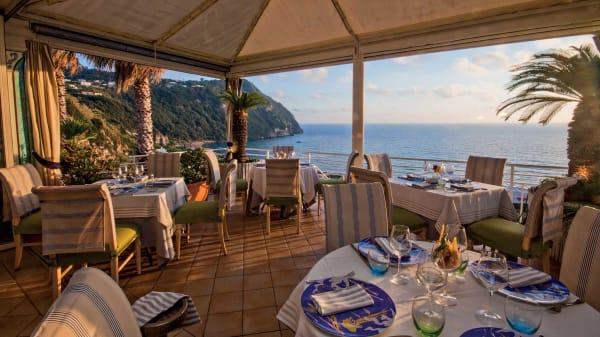 Terrazza sul mare - Restaurant Oasis Ischia -  Music | Events, Forio