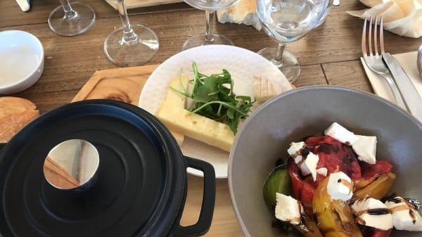 Salade de tomate et fromage - Le Roc'h Ar Mor, Ushant