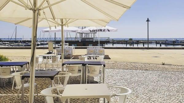 Esplanada - Daltons Place, Lisbon