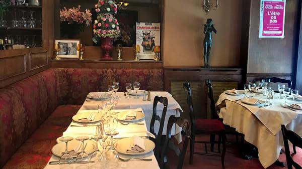 Salle du restaurant - Le Montegrosso, Paris
