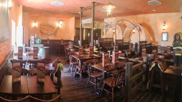 Panoramica sala interna - OldWildWest Formia, Formia