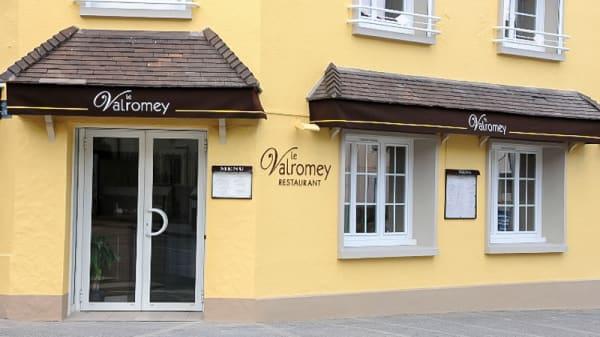 Le restaurant - Le Valromey, Arpajon