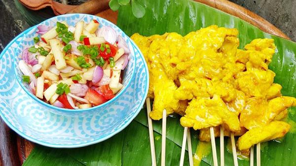 Satat Gai - Moo Spiedini di Pollo o Maiale con Curry - Thai Thai Restaurant, Firenze