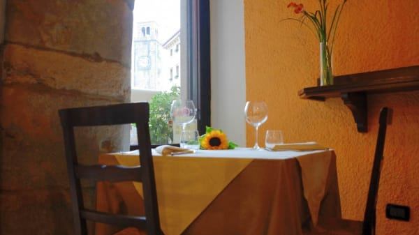 Vista sala - Osteria de l'Anzolim, Riva Del Garda