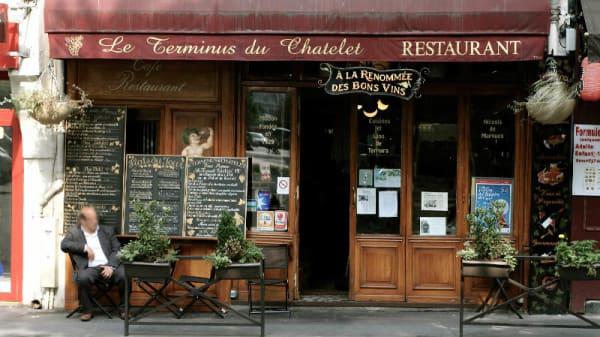 Entrée - Le Terminus du Chatelet, Paris