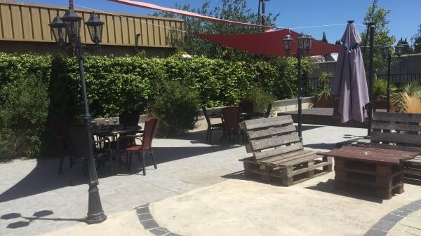 Terrasse - La scéne, Mauguio
